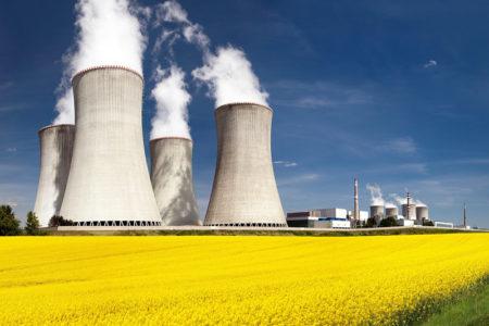 """Spółka Zarządca Rozliczeń S.A. realizuje od roku 2007 program pomocy publicznej określony w ustawie z dnia 29 czerwca 2007 r. o zasadach pokrywania kosztów powstałych u wytwórców w związku z przedterminowym rozwiązaniem umów długoterminowych sprzedaży mocy i energii elektrycznej (Dz. U. Nr 130, poz. 905, z późn. zm.), dalej zwana """"ustawą KDT""""."""
